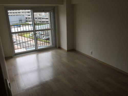 チサンマンション広島のリフォーム工事後の洋室の写真です