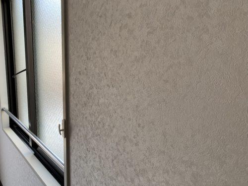 ライオンズマンション西霞町第2のリフォーム工事後のクロスの接写写真です