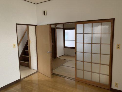 広島市南区翠5丁目の戸建賃貸のリビングの写真