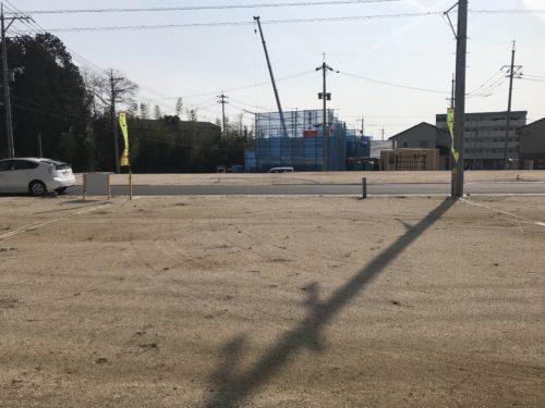 西条町 寺家駅前