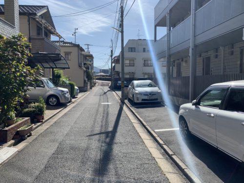 府中町大須1丁目 インフィニティ大須の駐車場の写真