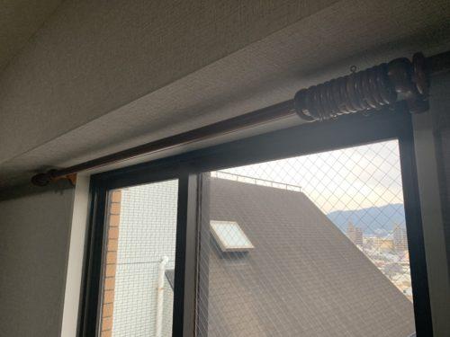 ライオンズマンション西霞町第2のカーテンレールの写真です