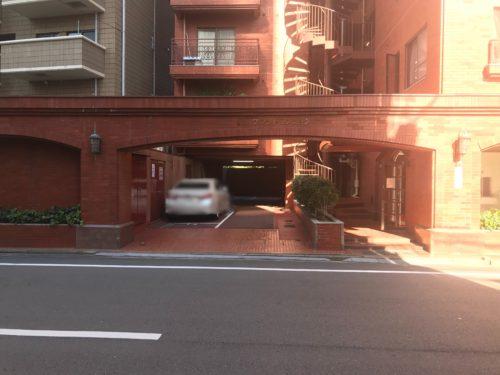 広島市中区銀山町の月極駐車場です